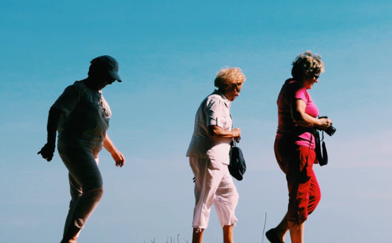 Elderly Walking-KirklandHealthInstituted